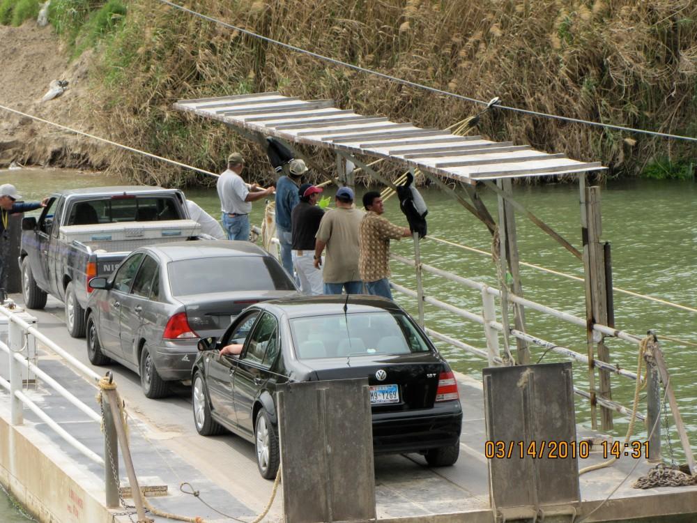 LOS EBANOS FERRY (2/3)
