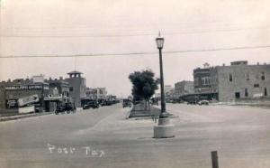 Street Scene, Post 1920s